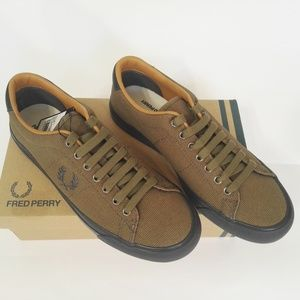 NWT Fred Perry Shoes for Men, dark olive Size 6.5